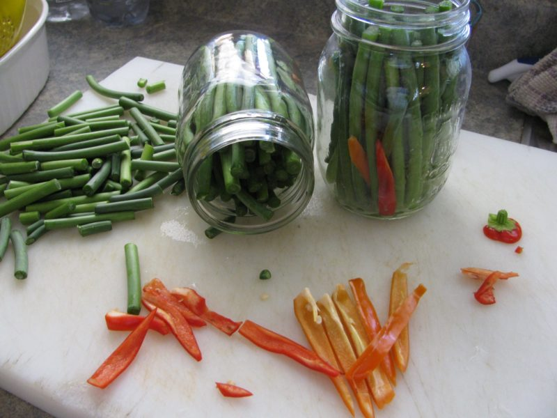 Growing Garlic Part 2 – How to Make Pickled Garlic Scapes