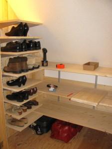 IMG 6350 225x300 Loft Closet   Part 3