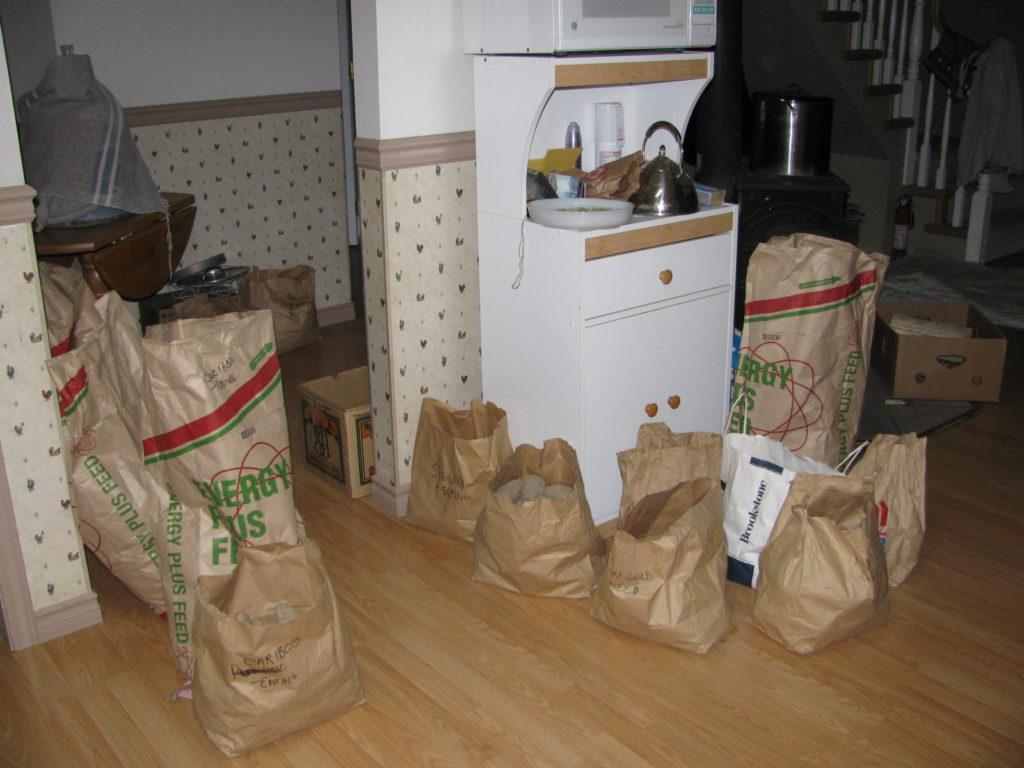 grow potatoes, harvest potatoes, store potatoes, gardening