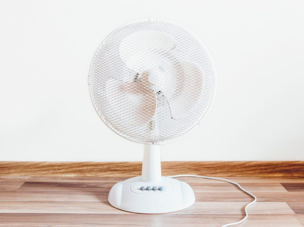 cool down, beat the heat, oscillating fan